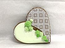 Painted Gingerbread - Heart lace medium